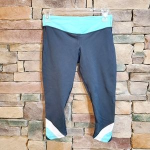 Lululemon Half Moon Crop Coal Angel Blue Capris 4